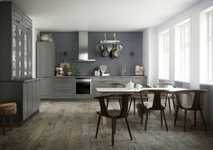 Ponte kitchen – the country kitchen for modern life Kitchen Dining, Kitchen Cabinets, Black Counters, Grey Doors, Interior Decorating, Interior Design, Old Wood, Kitchen Colors, Country Kitchen