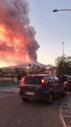 Etna Eruption, Top News, Travel Abroad, Volcano, Woods, Amazing, Funny Videos, Scenery, Woodland Forest