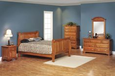 Victoria's Tradition Collection – Sleigh Bed Suite