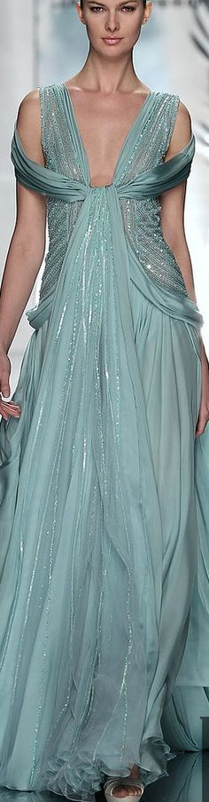 Perfect holiday gala dress. If only everyone had a gala to go to. Sigh....Jack Guisso.