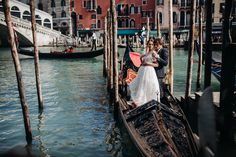 elopement photoshoot in Venice Italy on gondola Venice Italy, Boat, Photoshoot, Fotografia, Dinghy, Photo Shoot, Boats, Photography, Ship