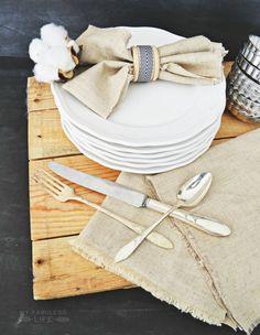 Easy No-Sew Linen Napkins   MyFabulessLife.com