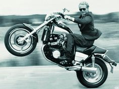 Eleganton + Yamaha V Max. 1/4 mile King for 5 years until the '89 ZX10 came out ! Muscle bike, MOTORcycle.