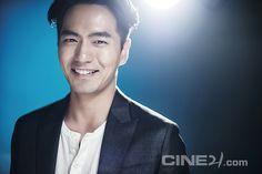 Lee Jin Wook - CINE21 Issue No. 1020 Lee Jin Wook, Hallyu Star, Korean Star, Time Travel, Korean Actors, Korean Drama, Comebacks, Kdrama, Kimchi