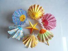 Sombrinhas de origami me lembram a Sue!!!!