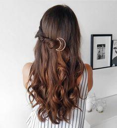 Unglaublich weiblich: 250 Frisuren für lange Haare