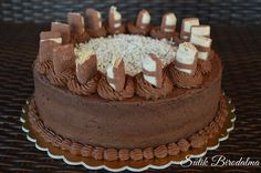 Csokoládétorta kinder buenoval - Egy szakács naplója Sweets Recipes, Cake Recipes, Cooking Recipes, Eat Pray Love, Cookie Cups, Summer Treats, Cakes And More, Chocolate Recipes, Good Food