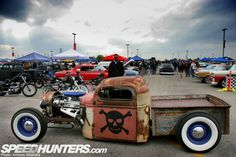 hot rod, muscle cars, rat rods and girls Rat Rod Cars, Hot Rod Trucks, Big Trucks, Semi Trucks, Rat Rod Pickup, Pickup Trucks, Truck Drivers, Dodge Trucks, Chopped And Screwed