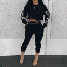 Find images and videos about fashion, style and outfit on We Heart It - the app to get lost in what you love. Fall Outfits, Trendy Outfits, Fashion Outfits, Womens Fashion, Fashion Trends, Modest Fashion, Fashion Clothes, Fashion Ideas, Fashion Killa