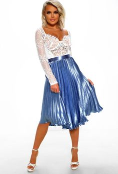 Our bestselling pleated skirt is now in a gorgeous blue colour! Order now from Pink Boutique to make heads turn on your next night out! Sexy Skirt, Dress Skirt, Dress Shoes, Shoes Heels, Metallic Pleated Skirt, Pleated Skirts, Short Skirts, Hot Blonde Girls, Full Midi Skirt