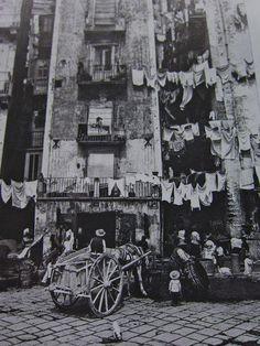 Calascio - Primi raggi di sole, Calascio, Abruzzi, Italy ~ People of Naples