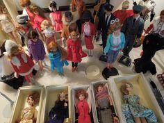 Vintage Barbies-- Sale in the Grove Apartments, Call for more info 615-292-5765