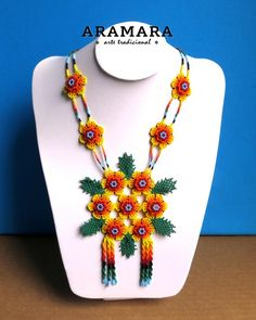 Collar de México flor abalorios Huichol collar collar | Etsy Flower Necklace, Beaded Necklace, Native American Earrings, Mexican Jewelry, Handmade Beaded Jewelry, Round Earrings, Beaded Flowers, Bead Art, Beading Patterns
