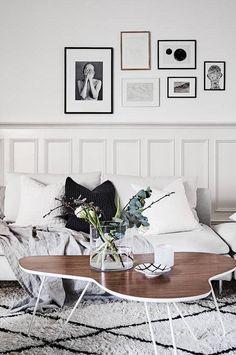 A Beautiful Wall Covering Book Shelf. Wandgestaltung BilderWandgestaltung  WohnzimmerEinrichtungsideen ...