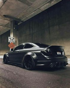 Je zocht naar amg - Turbo and Stance Mercedes Benz C63 Amg, Benz Car, Amg Car, Mercedes C250, Blacked Out Cars, Mercedes Benz Wallpaper, C 63 Amg, Automobile, Street Racing Cars