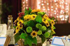 Wedding Bride, Wedding Flowers, Floral Arrangements, Brides, Table Decorations, Weddings, Home Decor, Decoration Home, Bride To Be