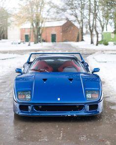 Ferrari in the snow. Ferrari F40, Maserati, Ferrari Mondial, Lamborghini Gallardo, Lamborghini Aventador, Car Racer, Cool Sports Cars, Nice Cars, Mc Laren