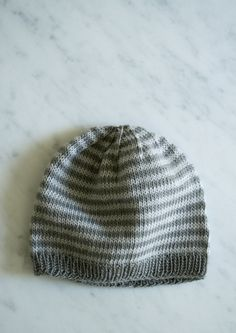 Whit's Knits: Line Weight Hats forNewborns - The Purl Bee - Knitting Crochet Sewing Embroidery Crafts Patterns and Ideas!