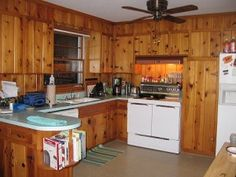 Incroyable We See How A Reader Cleaned Up And Restored, Decorated Around Their Vintage Knotty  Pine Kitchen Cabinets In Their Retro Dream House.