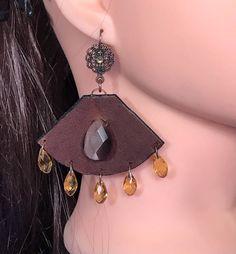 Un favorito personal de mi tienda de Etsy https://www.etsy.com/es/listing/523071328/handmade-genuine-leather-earrings-with