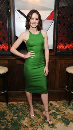 Daisy Ridley Daisy Ridley Hot, Daisy Ridley Star Wars, Reylo, Red Carpet Looks, Looks Style, Beautiful Actresses, Celebs, Poses, Feminine Fashion