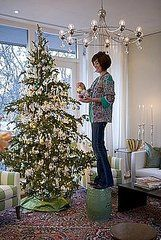 HGTV's Sarah Richardson Shares Her Holiday Tips
