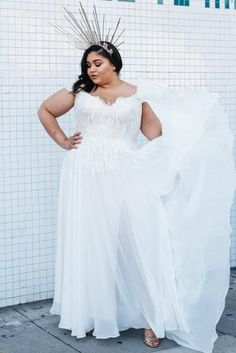 We have a photo gallery featuring amazing and trendy plus size wedding dresses designs. Check it out, and the choice of the dress will be easier! Boho Wedding Dress, Dream Wedding Dresses, Designer Wedding Dresses, Wedding Bride, One Shoulder Wedding Dress, Wedding Gowns, The Dress, Dress For You, Plus Size Hairstyles