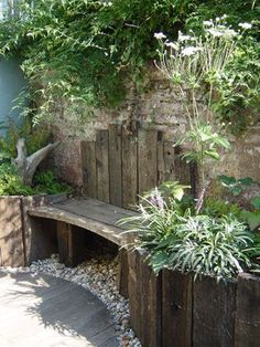 A weathered retreat Sue Townsend Garden Des / garden design patio A weathered retreat Sue Townsend Garden Des - Tiny Garden Cottage Backyard Seating, Backyard Landscaping, Outdoor Seating, Diy Garden Seating, Diy Patio, Built In Garden Seating, Patio Decks, Decking, Garden Care