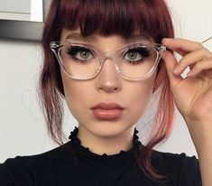 Retro Vintage Across temples lens height nose bridge arm length. Bambi, Cute Glasses, Girls With Glasses, Clear Glasses Frames Women, Glasses Style, Fashion Eye Glasses, Cat Eye Glasses, Retro Eye Glasses, Cat Eyes