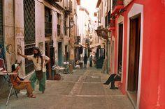 calle de las teterias - granada, spain
