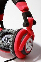 I don't really like these types of headphones, but it's hello kitty! gotta have em'!