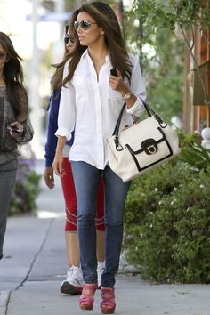 Eva Longoria  via the vogue diaries - Classic and refined outfit #EvaLongoria #fashion #thevoguediaries