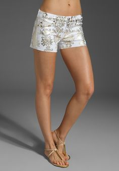 7 FOR ALL MANKIND Brocade Foil Block Print Denim Shorts in Clean White at Revolve Clothing