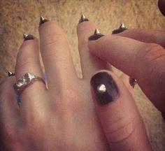 Sienna Miller's Met Gala manicure.