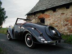 Skoda Popular Vintage Cars, Antique Cars, Old School, Classic Cars, Vehicles, Planes, Trucks, Popular, Airplanes