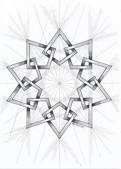 #islamicdesign #islamicpattern #islamicart #arabianart #geometry #symmetry #handmade #mathart #regolo54 #escher