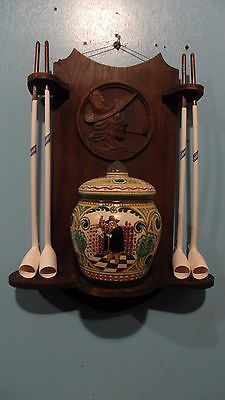 Folklore dutch carved pipe rack with 4 clay pipes and ivora gouda tobacco jar Clay Tobacco Pipe, Clay Pipes, Tobacco Pipes, Tobacco Shop, Pipe Rack, Wooden Pipe, Pipes And Cigars, Hand Pipes, Coffee And Books