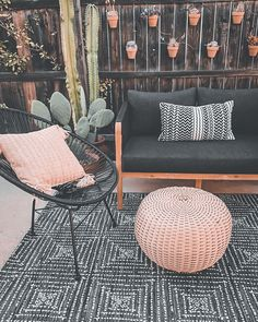 Small Patio Ideas On A Budget, Patio Decorating Ideas On A Budget, Budget Patio, Diy Patio, Porch Decorating, Backyard Patio, Diy Porch, Small Patio Furniture, Furniture Layout