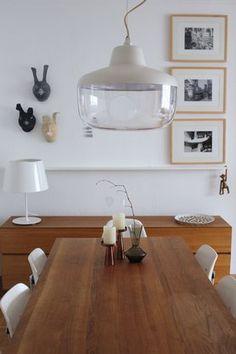 Pappmaschee Hasen erobern Wohnzimmer von labelfrei