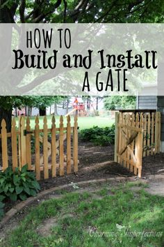 DIY Fences and Gates - Low Picket Fence - How To Make Easy Fence and Gate Project for Backyard and H Fence Landscaping, Backyard Fences, Garden Fencing, Fenced In Yard, Diy Gate, Picket Fence Gate, Bonsai, Building A Gate, Easy Fence