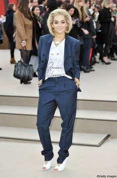Rita Ora: ses looks les plus marquants (Photo Gareth Cattermole/Getty Images for Burberry)   Elle Québec