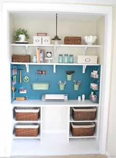 "<p style=""text-align: center;"">Bright Craft Closet 