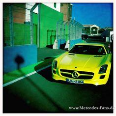 Fahrbericht Mercedes Benz SLS AMG E-CELL: Du glaubst, dich trifft der Schlag!