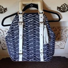 Tumi large tote with patent leather handles Great tote to throw everything in I love the crisp blue and white w silver hardware.. It's in great used cond Tumi Bags Totes