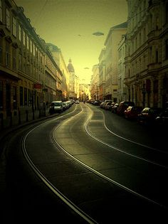 Hofburg, Vienna, Austria - Vienna is one place i will DEFINITELY go before I die! I've always wanted to visit!