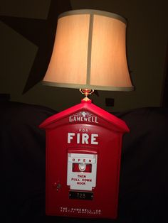 1950's gamewell fire alarm box lamp