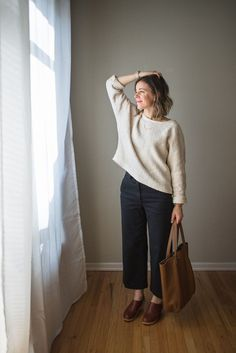 Wondering how to wear a formal outfit with sneakers? We've got you covered with these looks you can wear without heels. Fall Outfits, Casual Outfits, Fashion Outfits, Womens Fashion, Fashion Trends, Fashion 2016, Fashion Updates, Formal Outfits, Rock Outfits