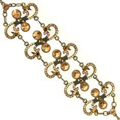 Sol da Meia Noite Charmed, Bracelets, Jewelry, Fashion, Midnight Sun, Bangles, Winter Time, Jewlery, Moda