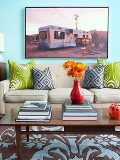 When paired with classic navy, blueish-gray and orange, aqua takes on a bold look that feels totally unexpected. Here's how to use aqua in both daring and traditional ways.
