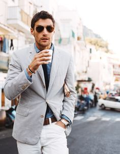 Great dressy/casual mens attire complete with sport coat, sunglasses, and skinny tie.  #men #fashion